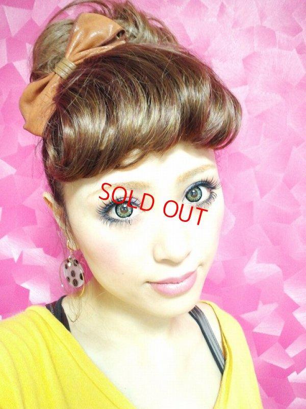 画像2: «3500円以上お買い上げのお客様はプレゼント»くせ毛風前髪ウィッグ【TBK&TMB&やや明るめ茶色】※着用カラーは【やや明るめ茶色】